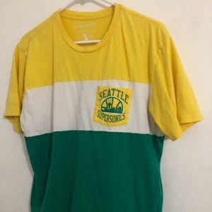 Seattle shirt men's large